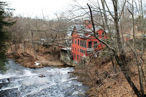 Montague Book Mill